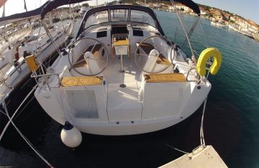 Hanse 385, Sailing Yacht Hanse 385 for sale by Bach Yachting