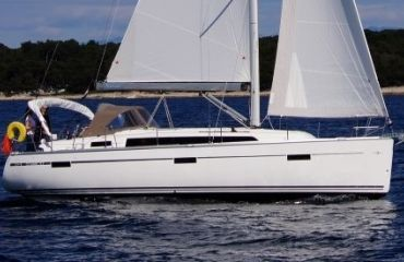 Bavaria 37, Sailing Yacht Bavaria 37 for sale by Bach Yachting