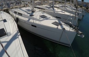 Hanse 415, Sailing Yacht Hanse 415 for sale by Bach Yachting
