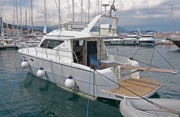 Carnevali 36 Fly, Motor Yacht Carnevali 36 Fly for sale by Bach Yachting