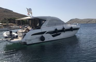 Bavaria Sport 450 HT Coupe, Motor Yacht Bavaria Sport 450 HT Coupe for sale by Bach Yachting