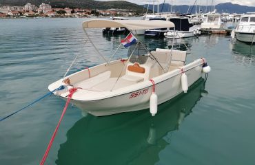 Invictus FX 190, Motor Yacht Invictus FX 190 for sale by Bach Yachting