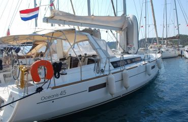 Beneteau Oceanis 45, Sailing Yacht Beneteau Oceanis 45 for sale by Bach Yachting