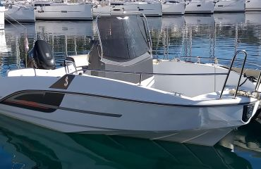 Beneteau Flyer 5.5 SpaceDeck, Motor Yacht Beneteau Flyer 5.5 SpaceDeck for sale by Bach Yachting