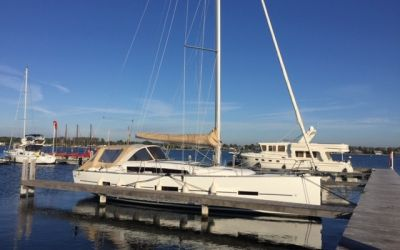 Dufour 410 Grand Large, Zeiljacht  for sale by Roompot Yacht Brokers