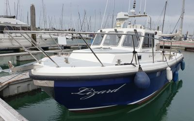 Cygnus Cyclone Patrol 30, Speedboat und Cruiser  for sale by Roompot Yacht Brokers