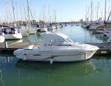 Beneteau Antares 6, Motorbåt - endast skrov  Beneteau Antares 6 säljs av Howard Boats LTD