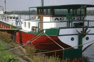 Engelse Barge 39.50   - Engelse Bak Ac1320, Varend woonschip  for sale by Scheepsmakelaardij Scheepszaken