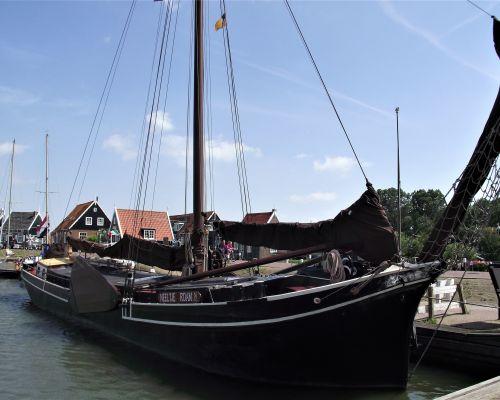 Varend Woonschip Rotterdam Zeeuwse Klipper, Plat- en rondbodem, ex-beroeps zeilend  for sale by Scheepsmakelaardij Scheepszaken