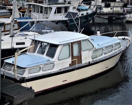 Kruiser 1081 Waaierkruiser, Motorjacht  for sale by Scheepsmakelaardij Scheepszaken