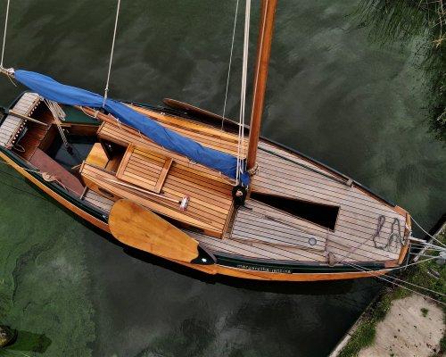 , Flat and round bottom  for sale by Scheepsmakelaardij Scheepszaken
