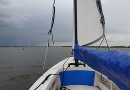 Poly Valk Met Rolfok & Yamaha 4pk / 4-takt Motor, Open sailing boat Poly Valk Met Rolfok & Yamaha 4pk / 4-takt Motor for sale by MD Jachtbemiddeling