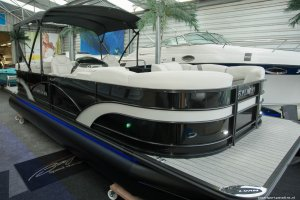 Sylvan Mirage Cruise 8524 LZ Pontoonboot, Multihull motorboot  for sale by Watersport Paradise