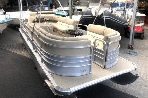 Sunchaser 7522 Deluxe Pontoonboot, Multihull motorboot  for sale by Watersport Paradise