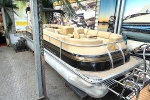 Bennington 2575 QXI Pontoonboot, Multihull motorboot  for sale by Watersport Paradise