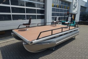 Pontoon Platform Diverse Mogelijkheden, Multihull motorboot  for sale by Watersport Paradise
